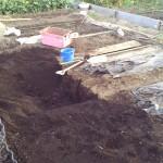 畑の拡張と土入れ